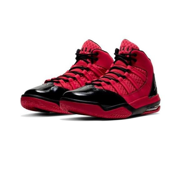 420 Jordan Max Aura Redblack Mens Shoe